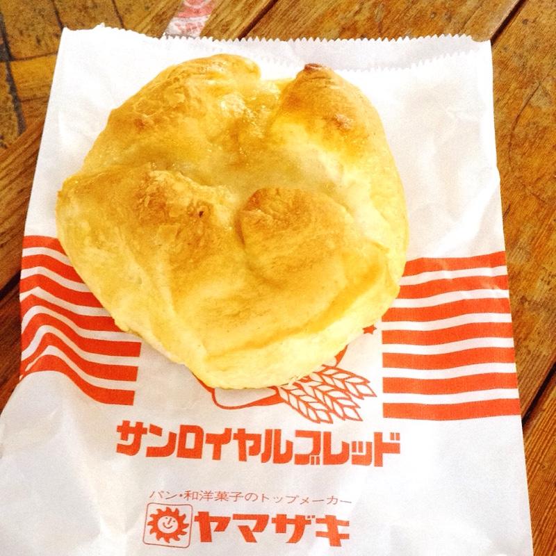 近江鉄道 豊郷駅 焼きたてパン とよせ パン
