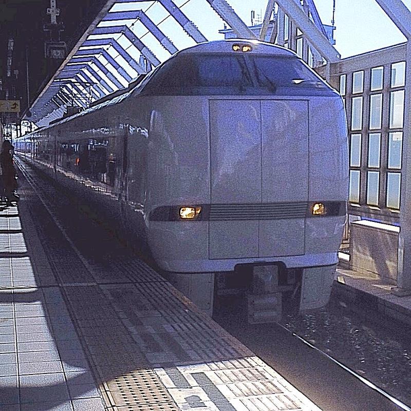 岐阜駅 1番線のりば 特急「しらさぎ」