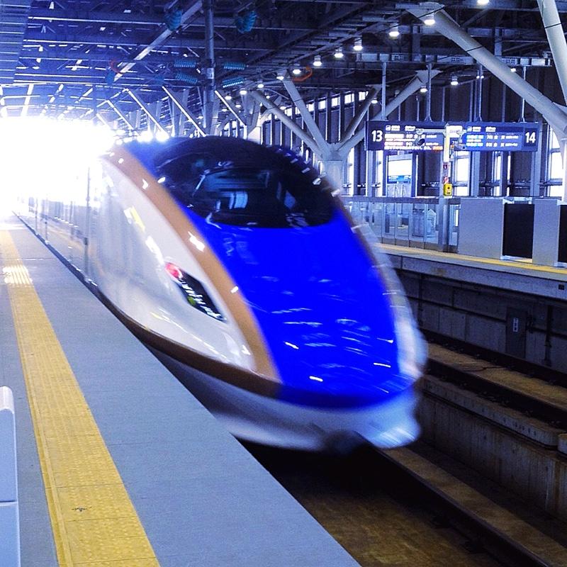 かがやき 536号 東京行 富山駅