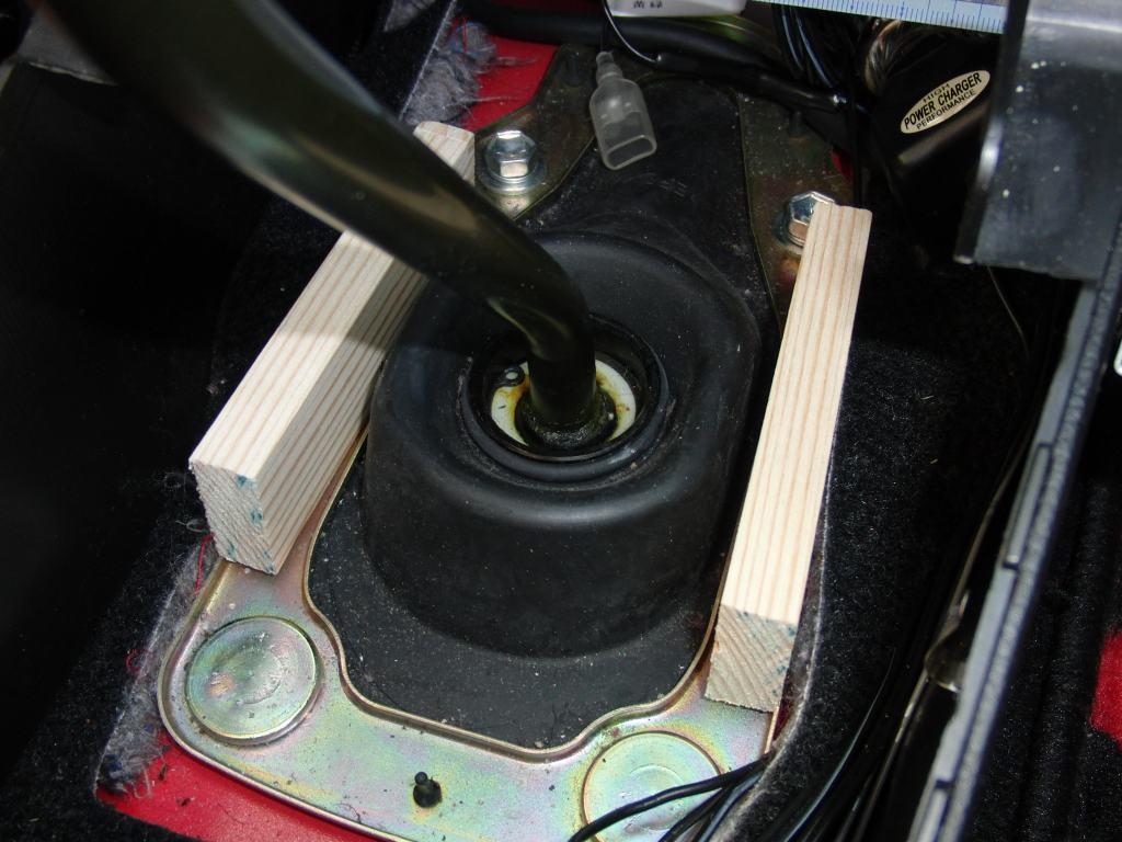 エンジンスターター取り付け①MT車安全対策