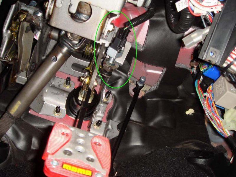 エンジンスターター取り付け③ルーフ動作リモコン化