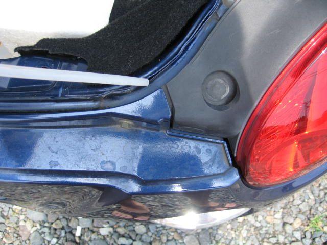 トランク雨漏り修理