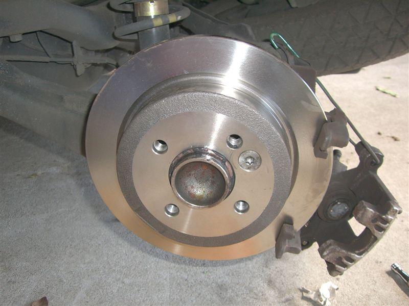 BMW MINI リアブレーキパッド、ローター交換