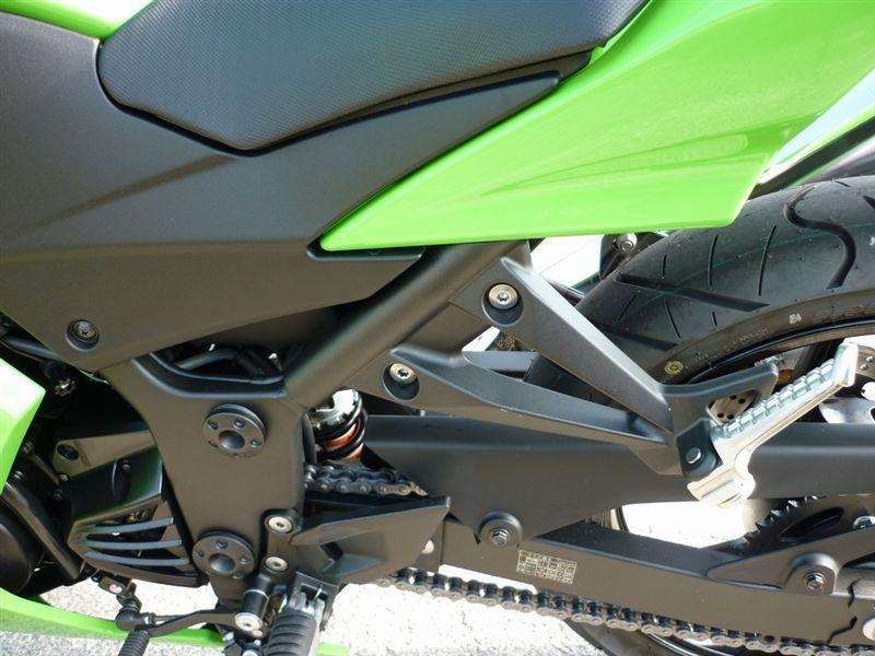 Ninja250R オリジナルヘルメットロック