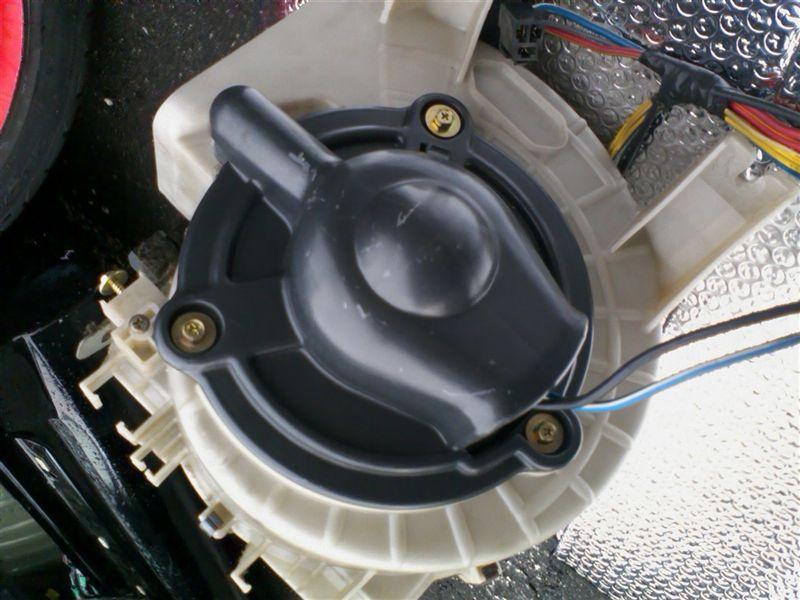 ブロアモーターユニット清掃(2)