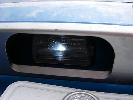 307SWナンバー灯交換
