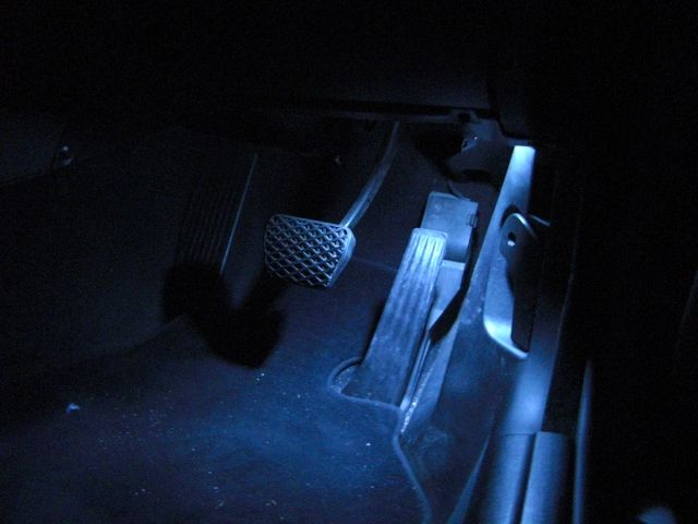 E46今さらながら室内LED化