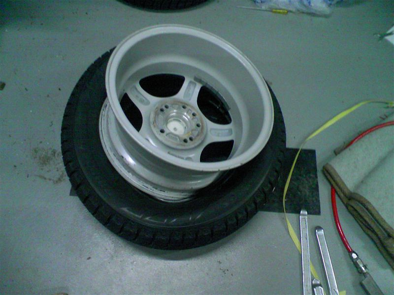 タイヤ組み込み