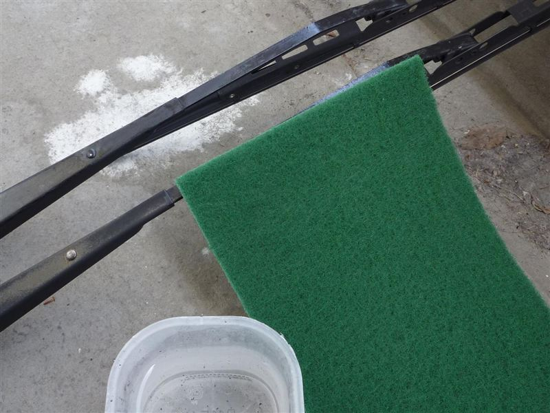 ワイパーブレードの超高速(?)塗装補修