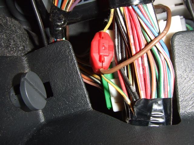 超簡単なパーキングブレーキ信号の取り出し(フロアシフト車)
