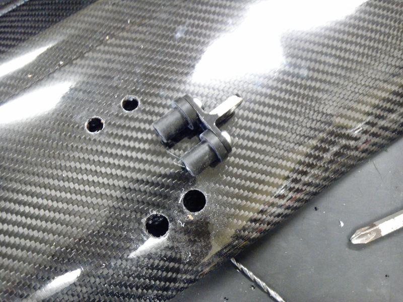 ワンオフ3D2段カーボンウイング取り付け