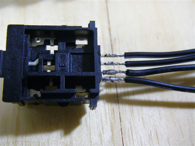 フューエルリッドオープナー電動化 (オープナーSW配線編)