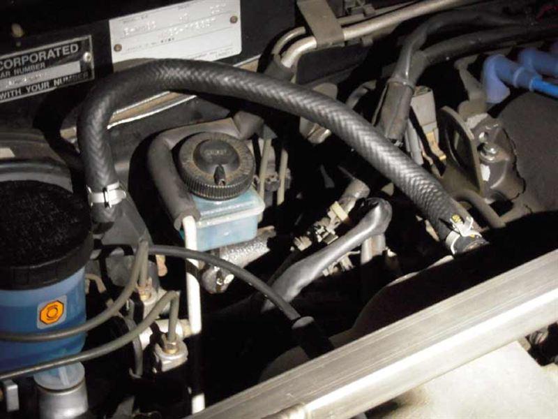 ブレーキマスターバックのバキュームホース&クランプ交換