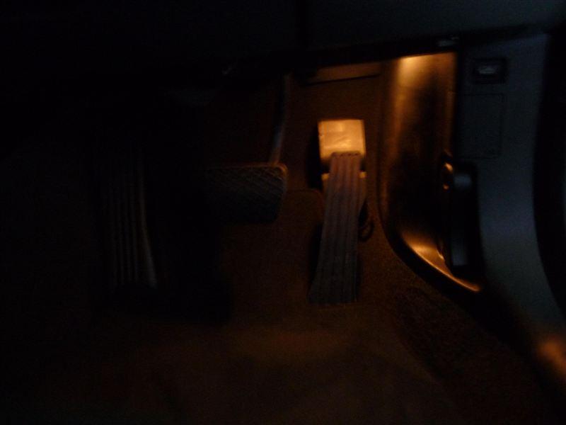 3シリーズ クーペ みね商店 BMWルームランプキット 2のカスタム手順2