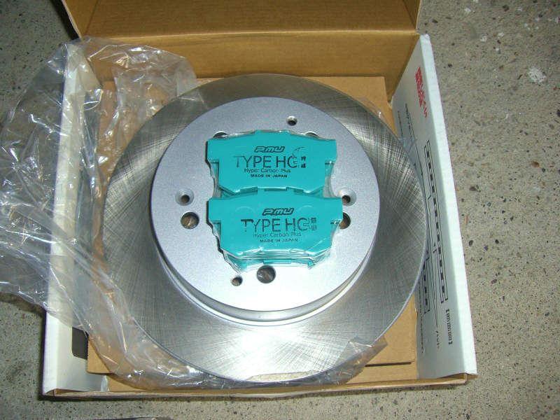 プロμ HC+ ブレーキパッド&ディクセルPDローター交換