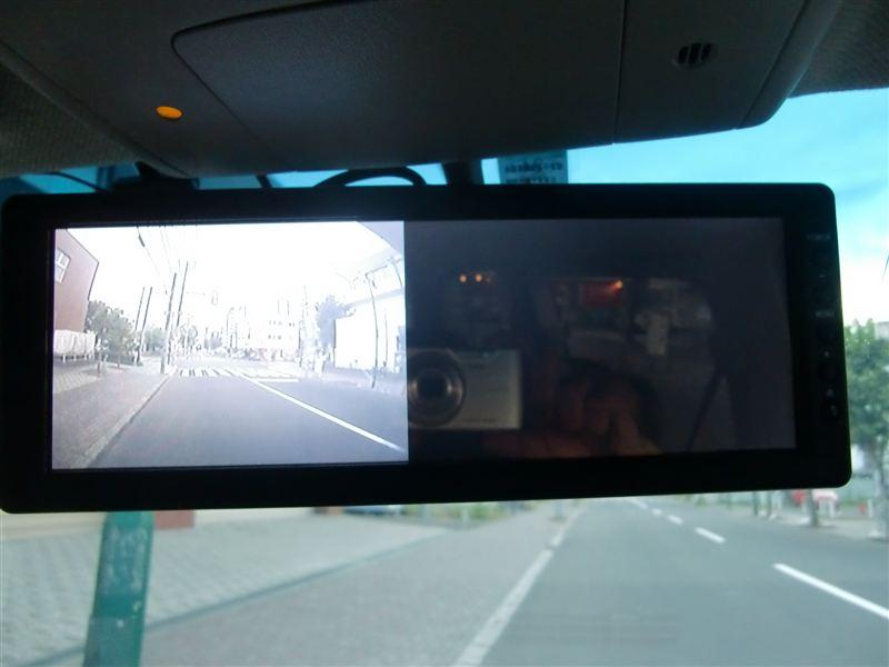バックミラーモニターにカメラ取り付け バックミラー化