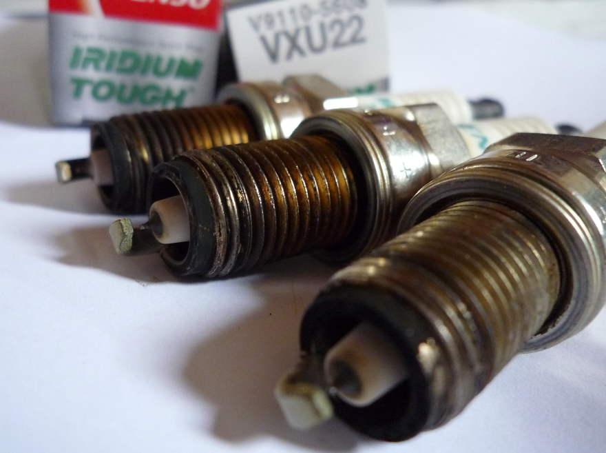 プラグ交換 VXU22