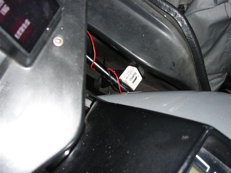 GPZ750F A2 カーナビ取り付けのカスタム手順2