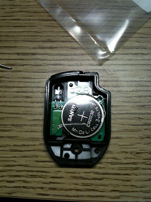 赤外線キーレス LED交換