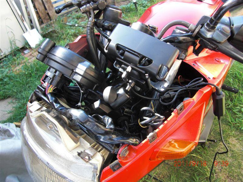 FZ250 Phazer (フェーザー) バイクナビ取り付け RM-XR350MCのカスタム手順2