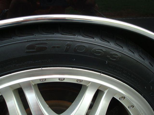 タイヤ交換(WANLI S-1063 245/40/19)