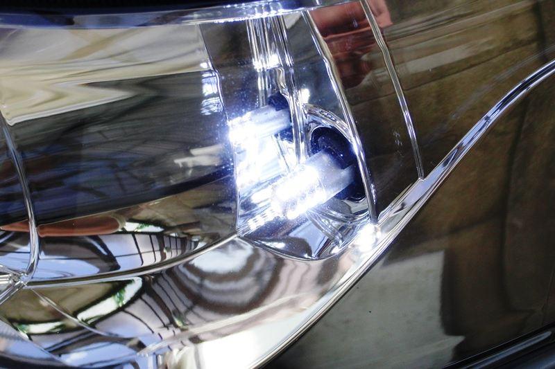 豆電球のようなポジションから、LEDに交換!