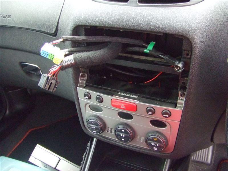 YATOUR WMA・USB・AUXアダプターの取り付け