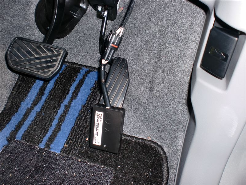 LEDレギュレーター(H-540)併用でのウィンカーLED化