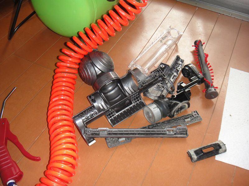 Dyson DC26 タービンヘッド 分解清掃