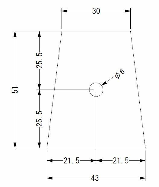 で、写真の板を作成してもらいました。作成を依頼したところは、「きりいた.com」というところです。(http://www.kiriita.com/)<br /> <br /> こちらにステンレス製で、厚さ2.0mmの板で図の製品を製作してもらいました。<br /> 強度や経年変化を考慮し、材質はステンレス製とし、厚さも2.0mmとしました。安全に直結するパーツなので、考慮しすぎなくらいがちょうど良いです。<br /> 価格は、送料込みで\2,000以下です。激安です。<br /> <br /> ただし、注意してもらいたいのは、この図面通り作成すると、アルテッツァのクラッチ用ペダルに、この板を取り付けるのが、かなり大変です。。。<br /> アドバイスとしては、下底の角の面取りを、R5くらい取っておくと良いと思います。<br /> 私はこの図面通り作成して取り付けましたが、取付にはかなり苦労しました。。。まあ、取付が大変だった分、外れにくいという事なので、自分で勝手に納得してます(爆笑)