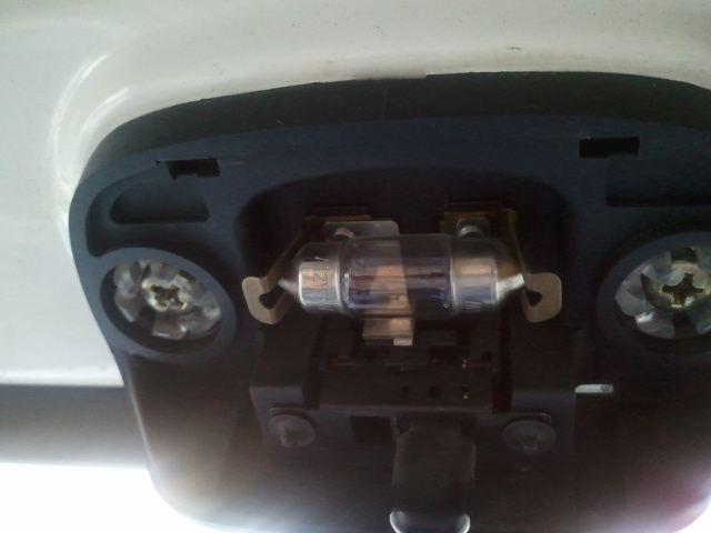 ハイゼットトラック ポジション & ルームランプ LED化のカスタム手順1