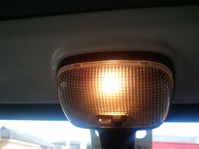 ハイゼットトラック ポジション & ルームランプ LED化のカスタム手順2