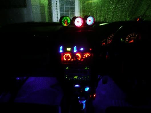 ルームランプスイッチ&イルミ連動LEDコンビフットランプ