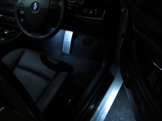 5シリーズ ツーリング F11 ルームランプ FULL LED化のカスタム手順1