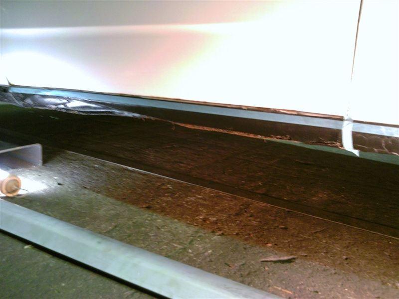 サイドシルパネル交換(片側)パート1