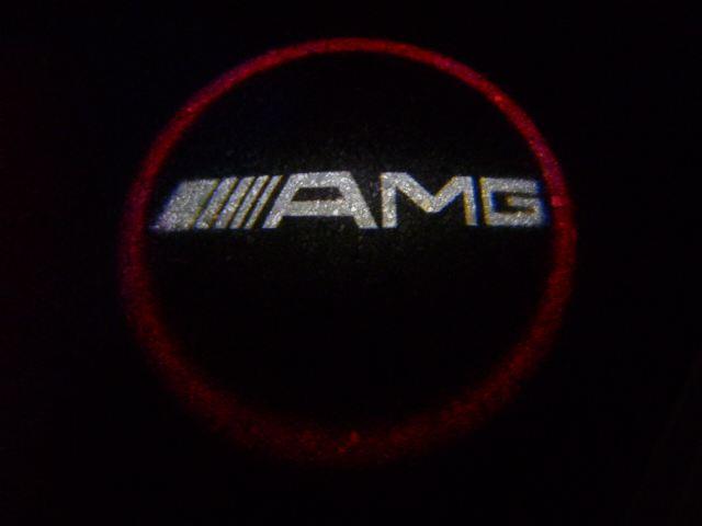 ドアアンダーカーテシランプ「AMGロゴ」変更