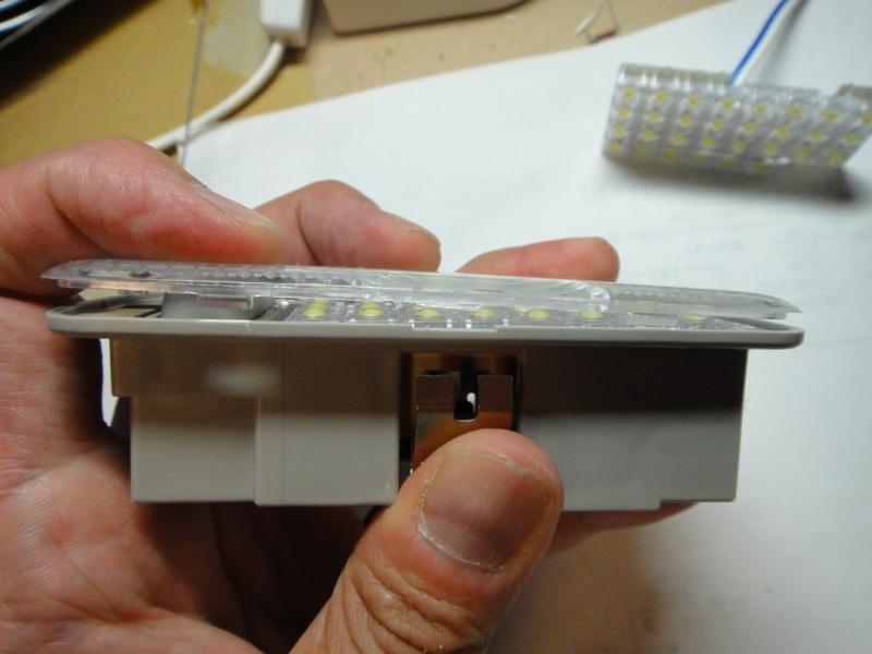 【C26】日亜化学・雷神 LEDルームランプ(2・3列目/ラゲッジランプ)製作③