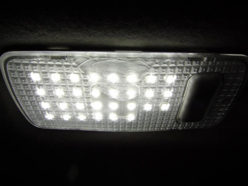 【C26】日亜化学・雷神 LEDルームランプ(2・3列目/ラゲッジランプ)製作④