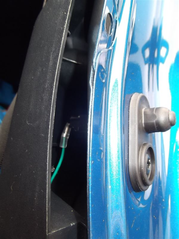 LEDスカッフプレート 配線編・助手側後部座席