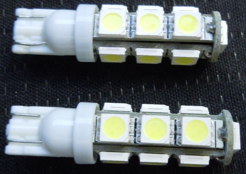 ポジションランプ T!0ウェッジ LED 3chips 13連に交換