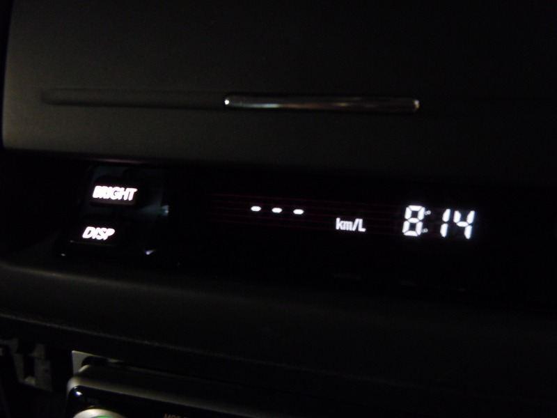 エアコン、時計のLED交換
