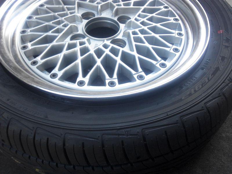 タイヤ 自力で組みます