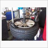 ランフラットタイヤ交換&位相合わせ タイヤ組付けの画像
