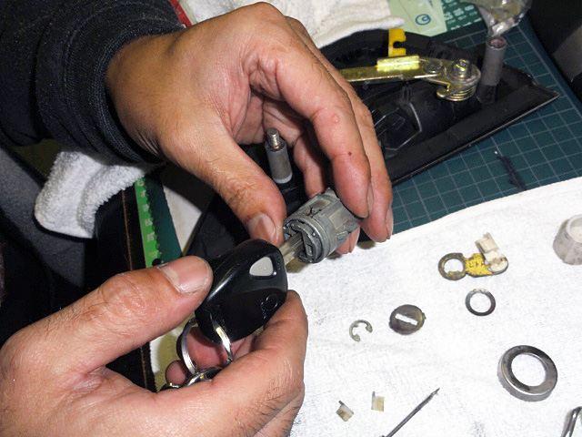 RX-7 FD3S キーシリンダー修理 その2