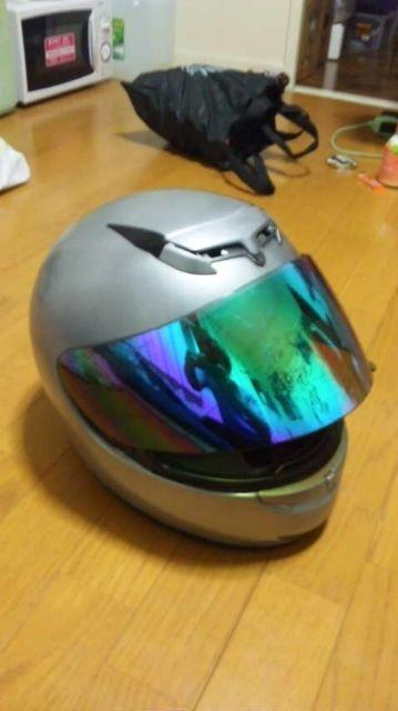 ヘルメット塗装。