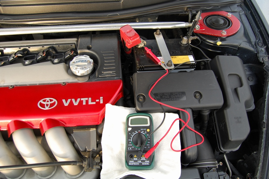 暗電流の計測 ~バッテリーが上がり易い車は要チェック~