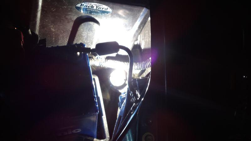 HIDヘッドライトバルブ交換