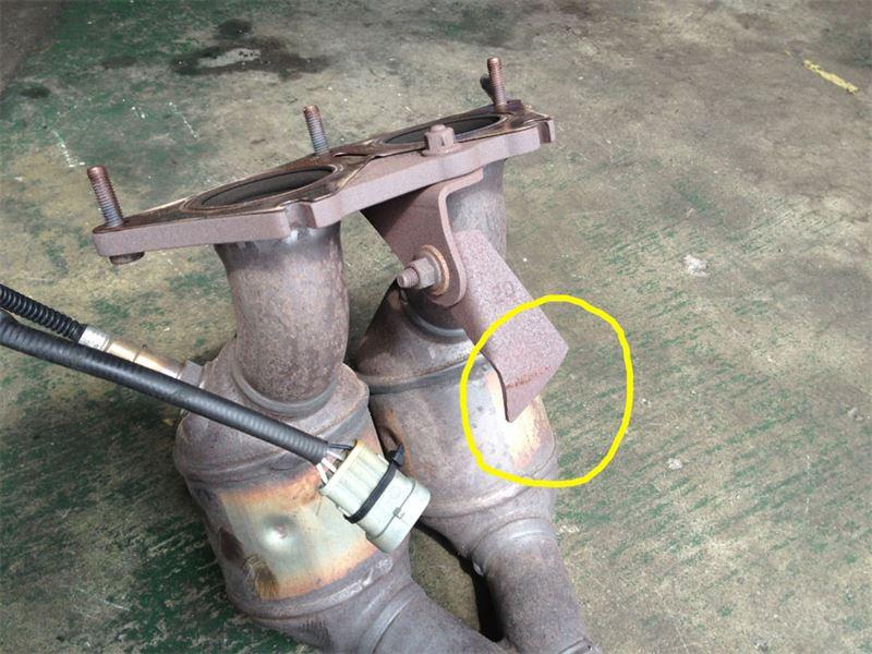 catalyst exhaust bracket 交換