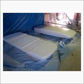 ディーラーで用意して頂いた純正塗料にて自家塗装。<br /> 行程を省きまくりのスピード仕上げ仕様です。