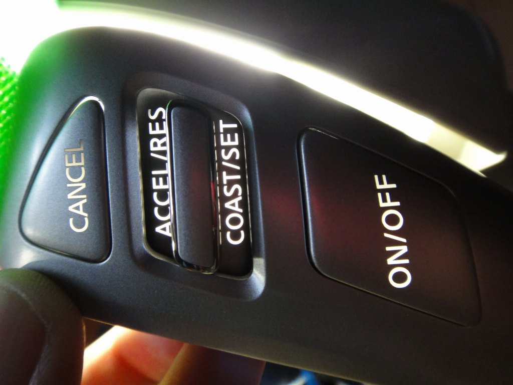 【C26】ステアリングスイッチをLEDで発光化①